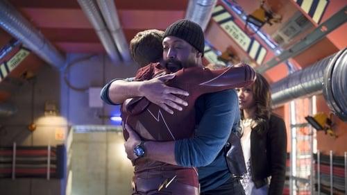 The Flash - Season 1 - Episode 23: Fast Enough