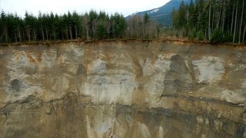 NOVA: Season 42 – Episode Killer Landslides
