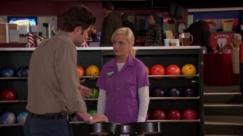 Parks and Recreation - Season 4 - Episode 13: Bowling for Votes