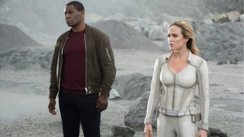 arrow - Season 8 - Episode 8: Crisis on Infinite Earths: Part Four (IV)