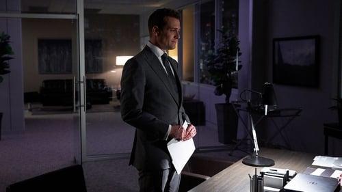 Suits - Season 8 - Episode 16: Harvey