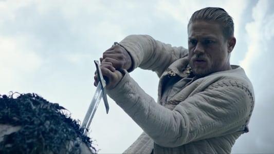 ver King Arthur: Legend of the Sword online