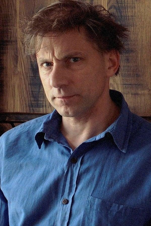 Simon McBurney