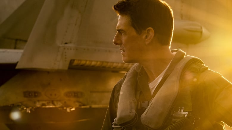 кадр из фильма Топ Ган: Мэверик