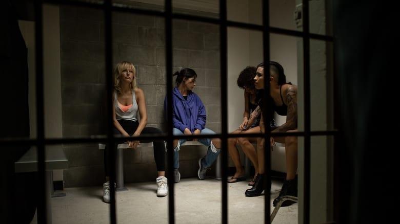 кадр из фильма Женская драка