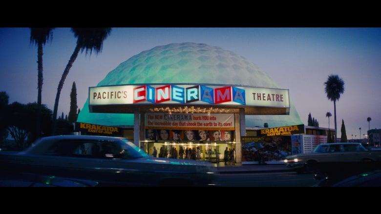 кадр из фильма Однажды в… Голливуде