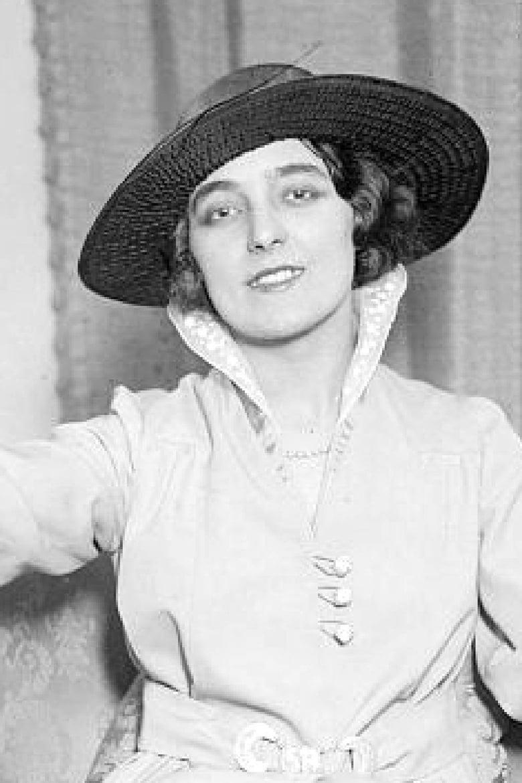 Eva Turnova,Lilia Dizon (b. 1928) Hot fotos Archana Gupta,Connie Needham