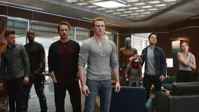 кадр из фильма Мстители: Финал