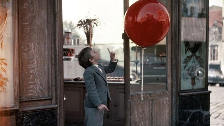 кадр из фильма Красный шар