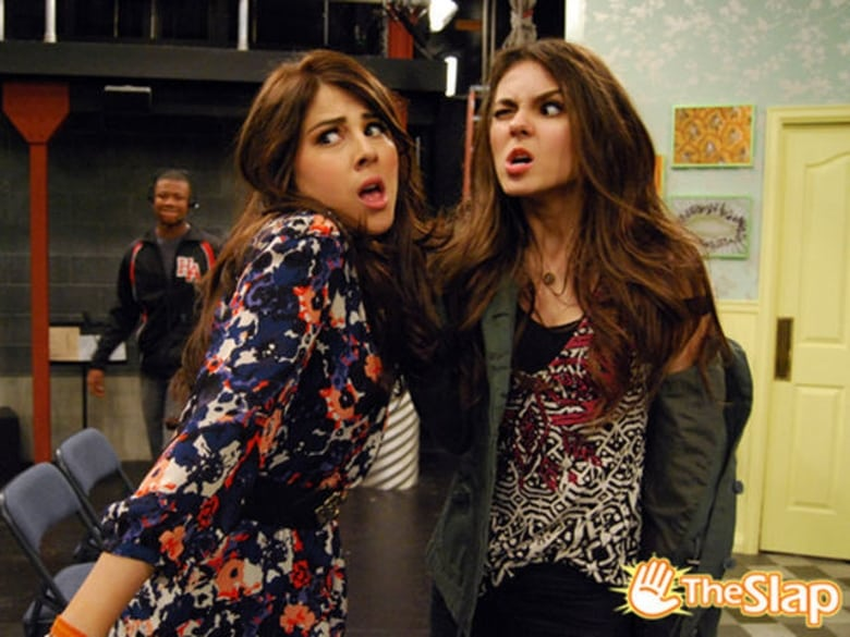 Watch Victorious S02E01 Season 2 Episode 1 - arawatch.video