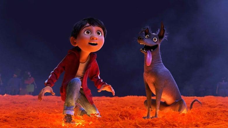 кадр из фильма Тайна Коко