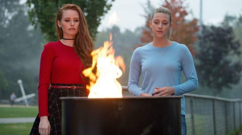 Riverdeilas / Riverdale (2017) 1 Sezonas