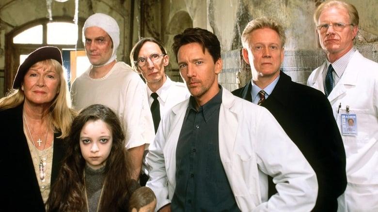 مسلسل Stephen King's Kingdom Hospital 2004 مترجم اونلاين