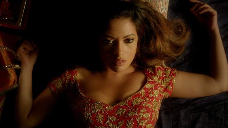 Karishma Kapoor Ki Sexy Picture Download