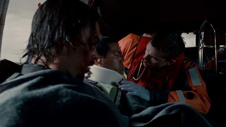 кадр из фильма Спасатель