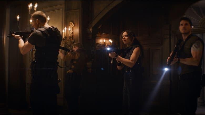 кадр из фильма Обитель зла: Добро пожаловать в Раккун-Сити
