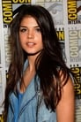 Marie Avgeropoulos is Octavia Blake