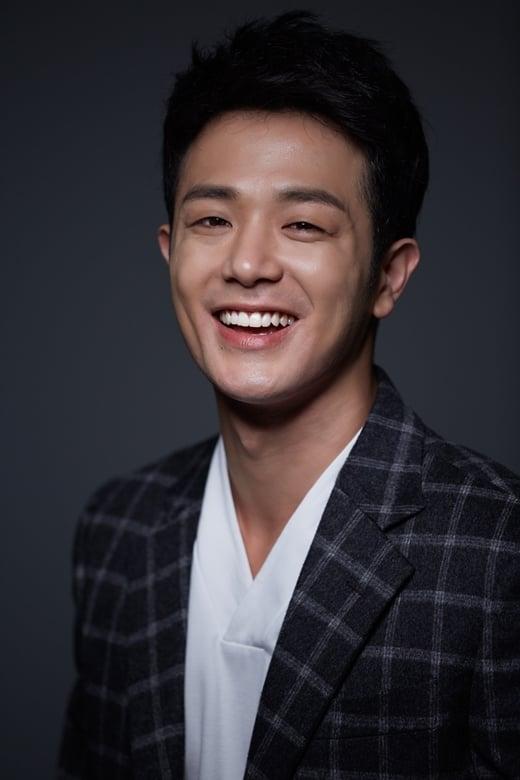 Lee Young-hoon isCorporal Kang