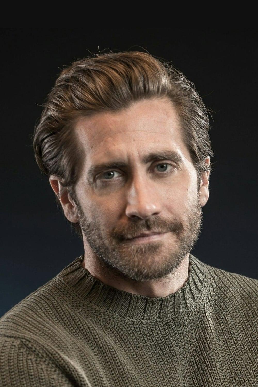 Jake Gyllenhaal isQuentin Beck / Mysterio