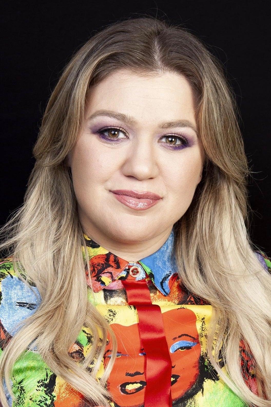 Kelly Clarkson isDelta Dawn (voice)