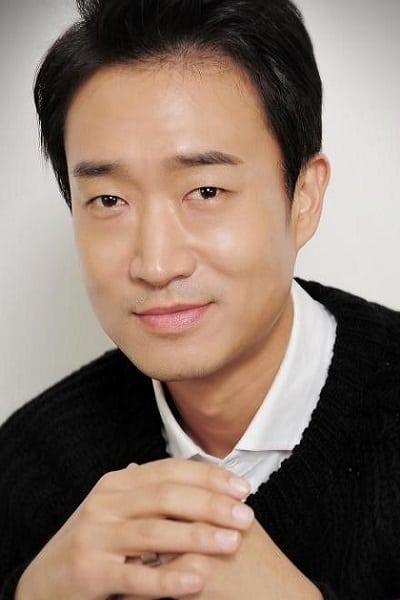 Jo Woo-jin isMa Byeong-gu