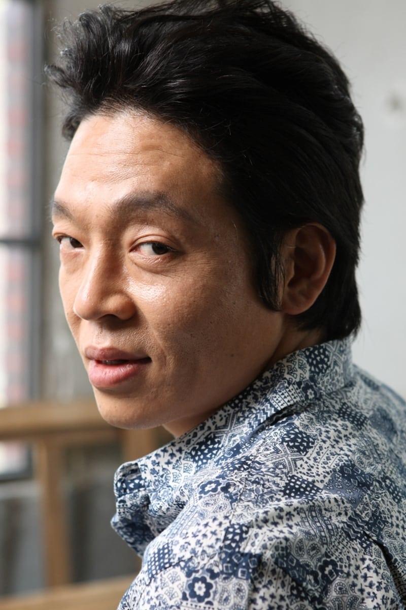 Park Ji-hwan isArayoshi Shigeru