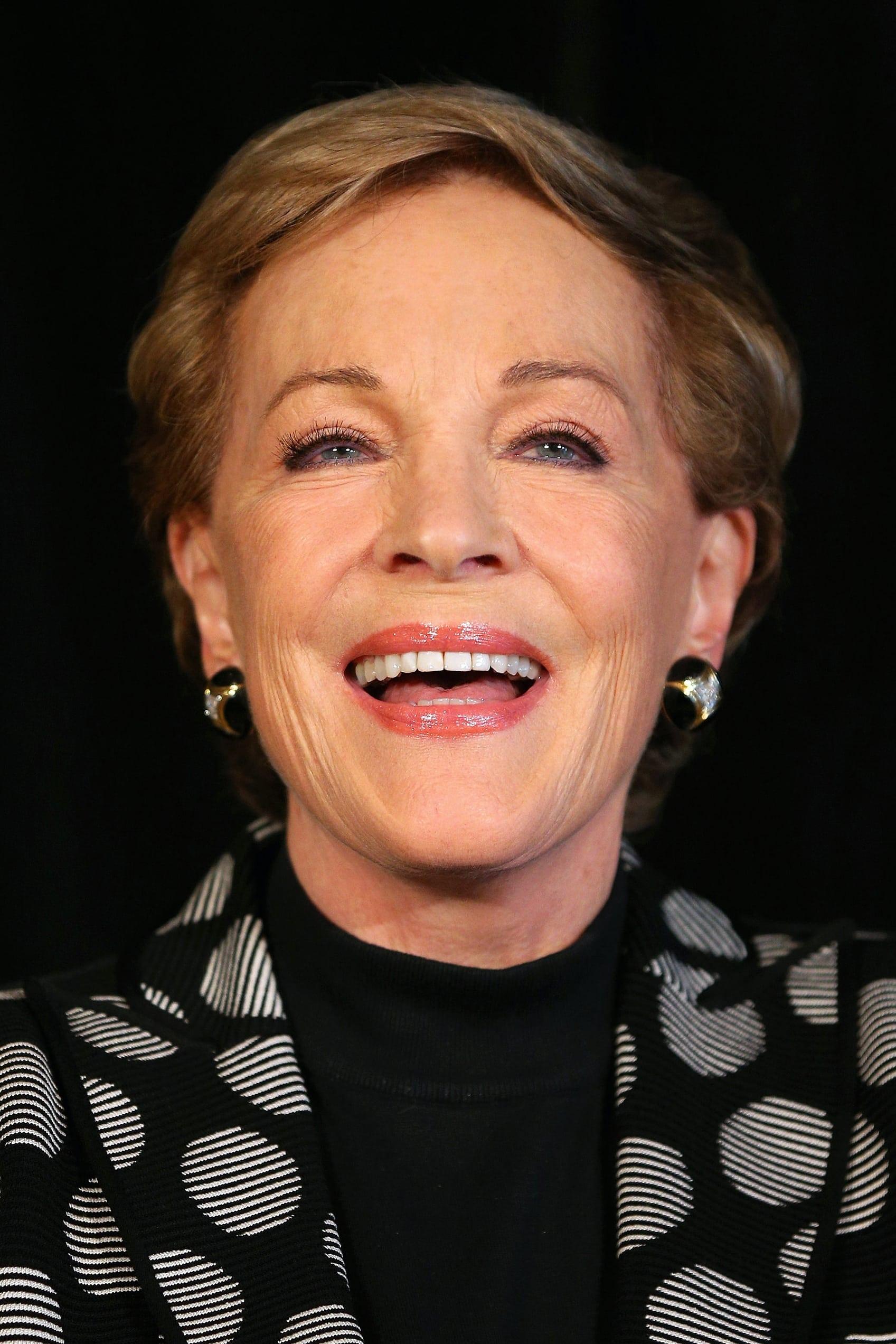 Julie Andrews isGru's Mom (voice)